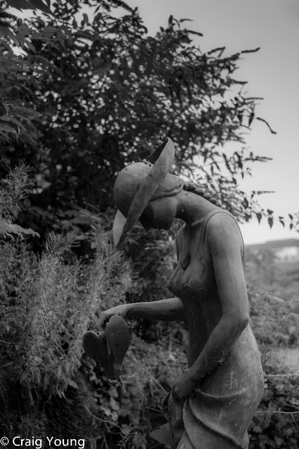Statue (1 of 1)