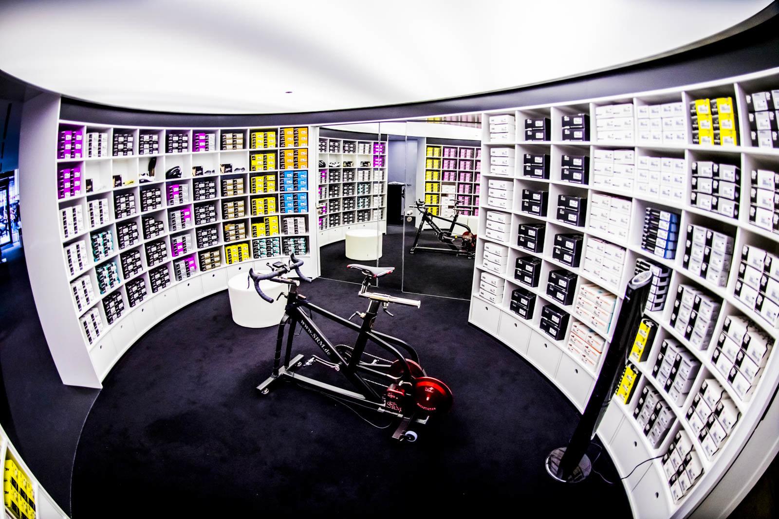 ASSOS fit room
