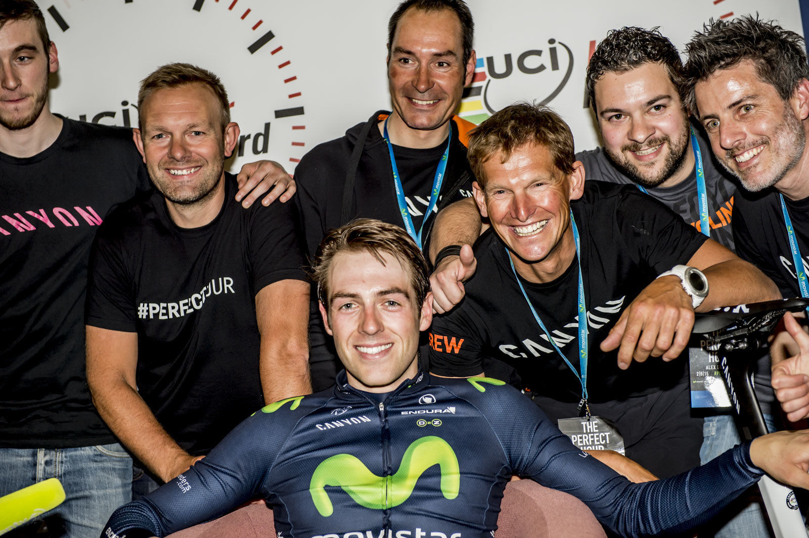 Alex Dowsett relaxes with the team