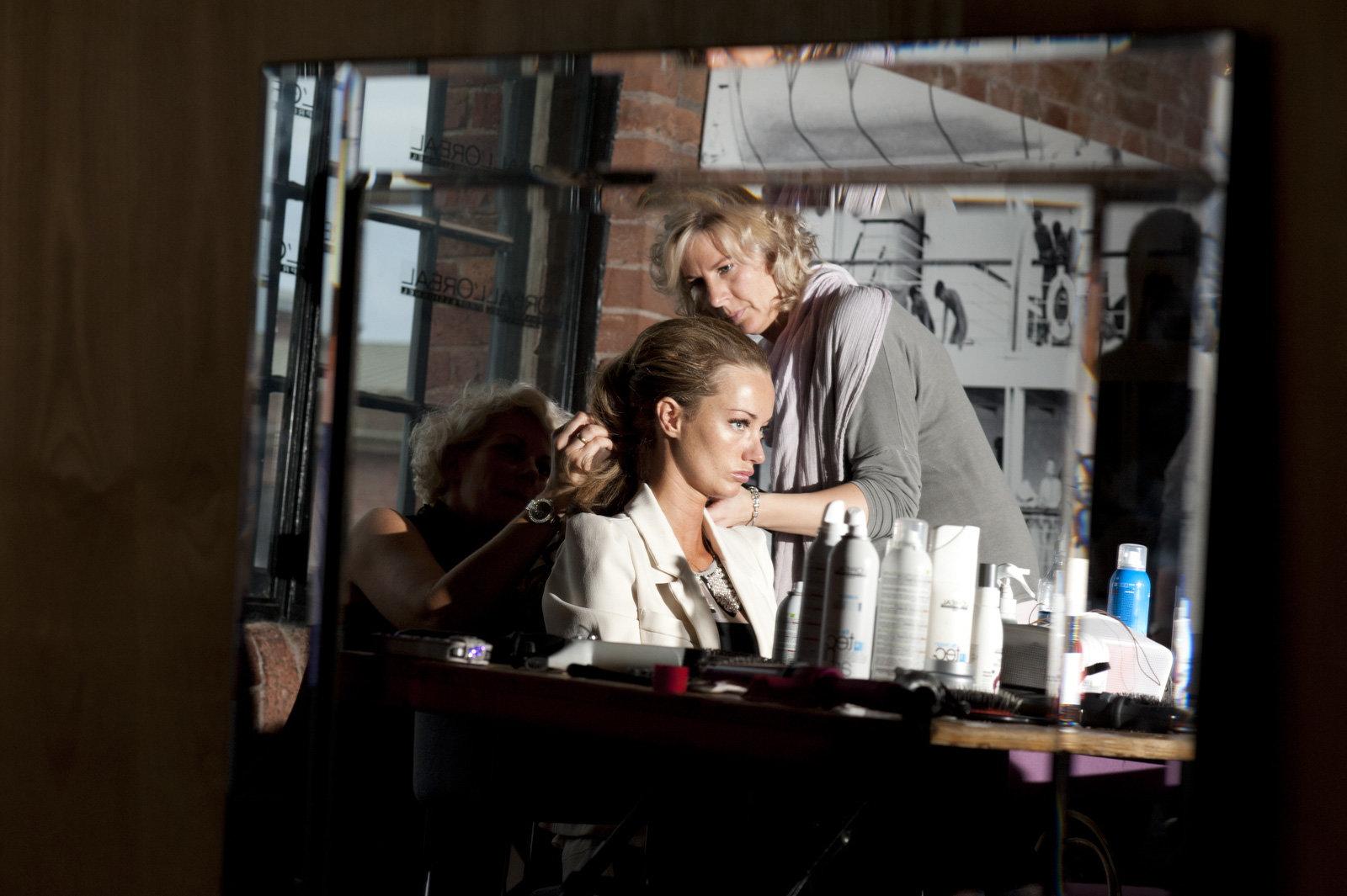 LFW mirror makeup