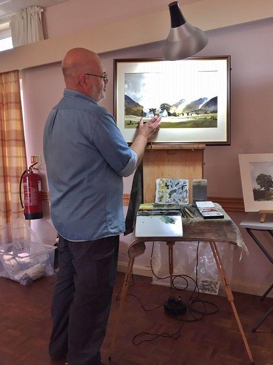 Phil Biggs demonstrating a watercolour