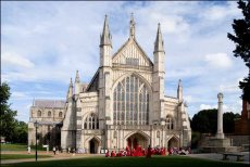 Cathedral and Choristers, Winchester Cathedral, Winchester, Hampshire, U.K.