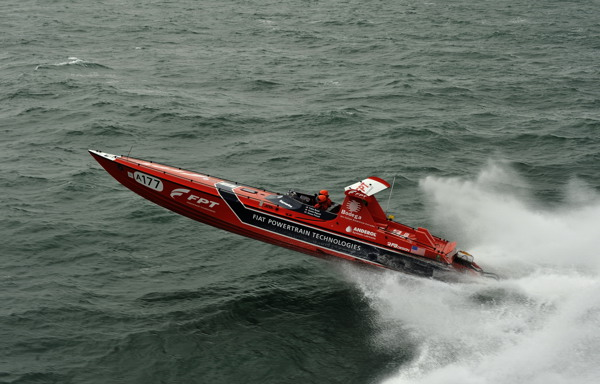 Red FPT wins the 2010 British Powerboat Festival