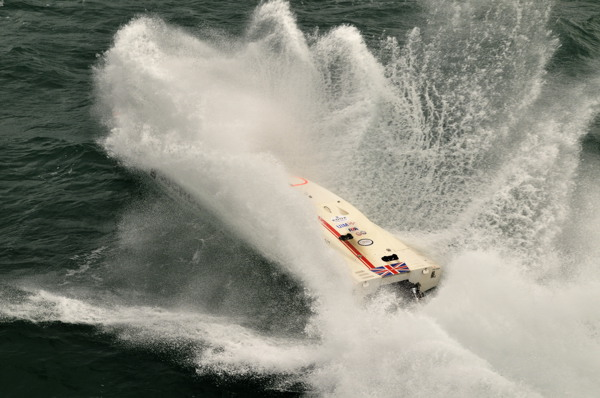 Fury competing at the 2010 British Powerboat Festival.