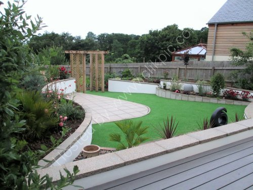 Sunken terrace with artificial grass