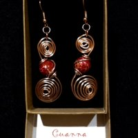 Swirl earring with red jasper gemstones