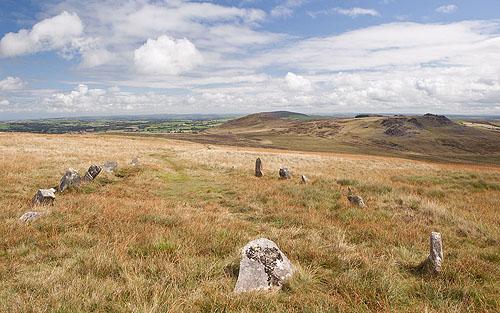 Bedd Arthur - Oval Stone Setting