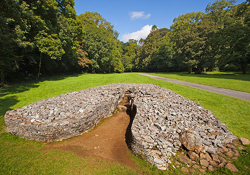 Parc Le Breos - Chambered Tomb