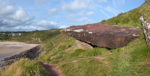 King's Quoit - Chambered Tomb