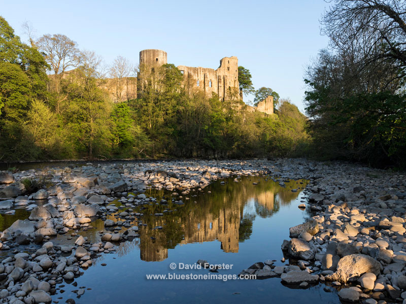 04M-4521 The Castle of Barnard Castle with Reflection in the River Tees, Teesdale County Durham UK
