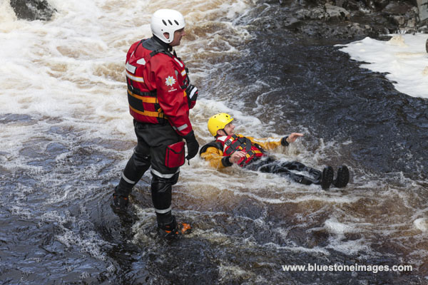 06D-3816 County Durham and Darlington Fire and Rescue Service Swift Water Rescue Training.