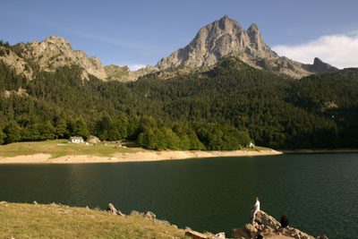 D2-15 Lac de Bious-Artigues and the Pic du Midi D'Ossau, French Pyrenees.