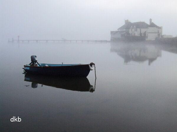Foggy dawn Coombe Cellars, Teign Estuary.
