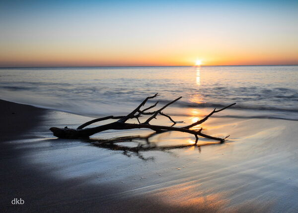 Sunrise Ness Beach, Shaldon, South Devon