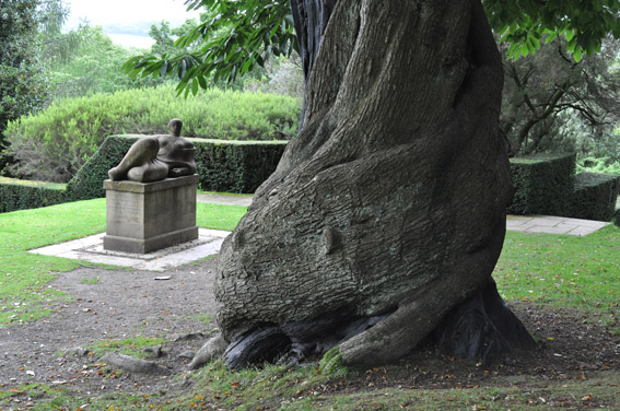 Sculptural conversations at Dartington