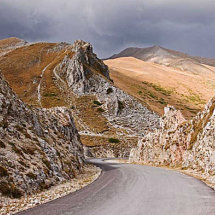 Road in the Sibillini mountains