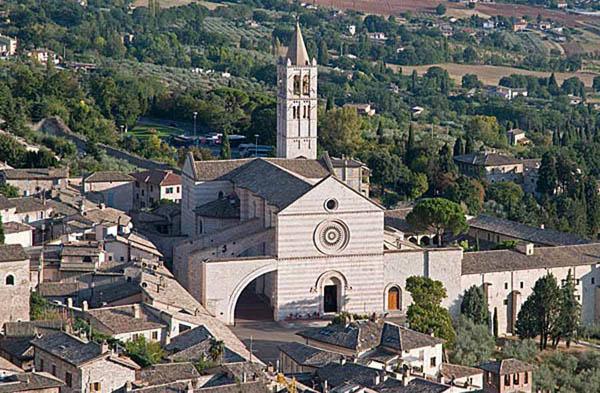 Santa Chiara, Assisi