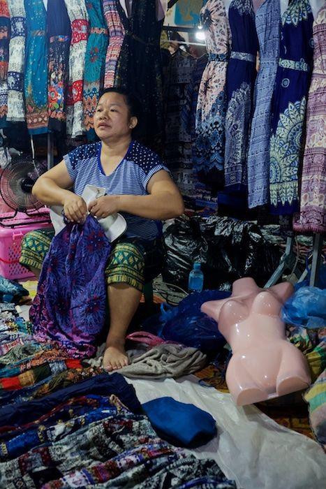 SEMARKETS 023 Dress Stall Vientiane