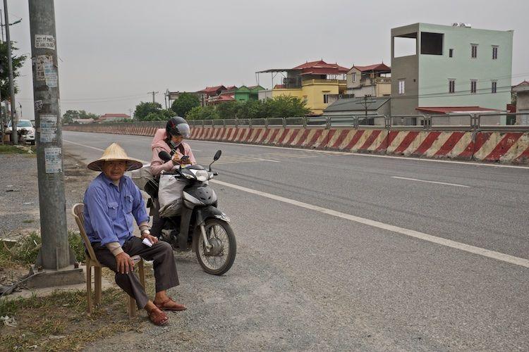 SESAP 041 Parking attendant, nr Sa Pa, Vietnam