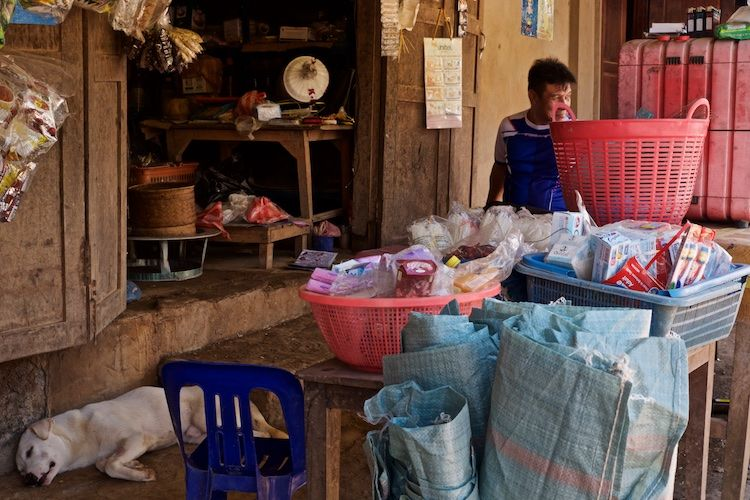 SESTREET 021 Shopkeeper Luang Prabang