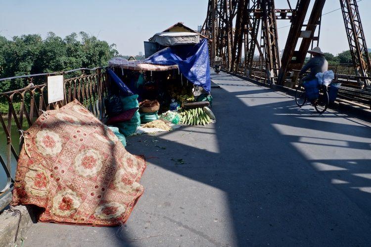 SESTREET 041 Fresh Food Stall Long Bien Bridge Hanoi