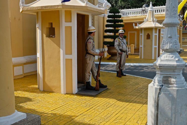 SESTREET 073 Ceremonial Guard Pnom Penh
