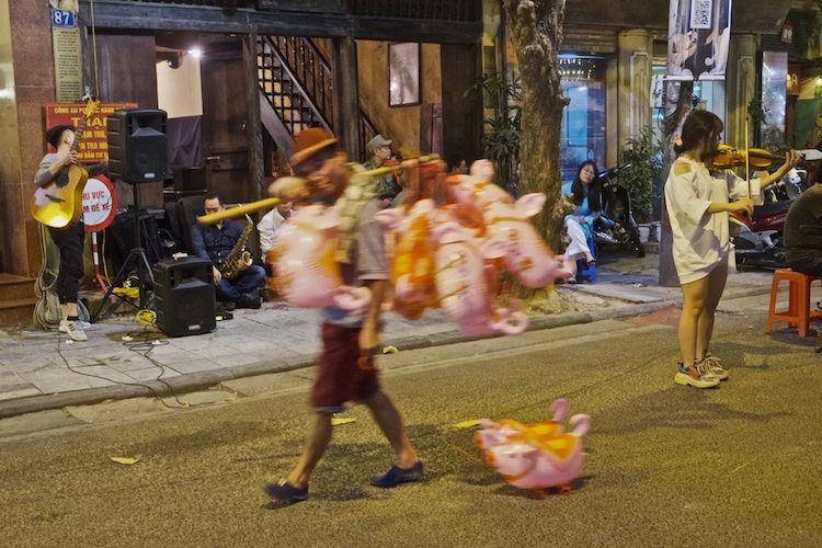 SESTREET 095 Pig Man Hanoi