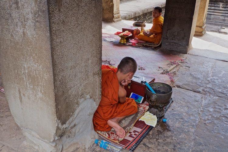 SESTREET 101 Novice Monks Angkor Wat Laos