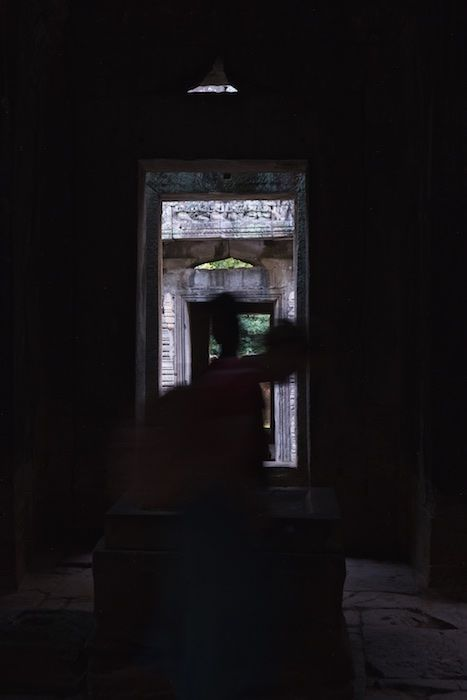 SESTREET 108C Passing Tourist Angkor Wat, Cambodia