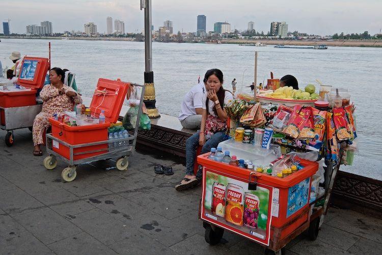SEWATER 010 Street Vendors along Mekong River Phnom Penh