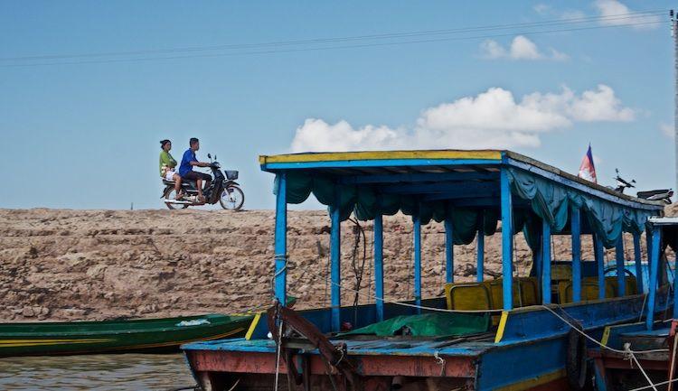 SEWATER 017 Kompong Phluk Village on the Tonle Sap, Cambodia