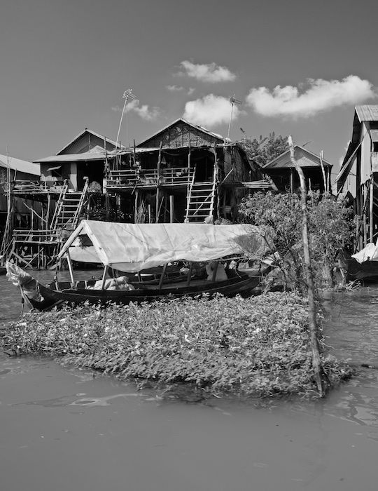 SEWATER 021 Kompong Phluk Village on the Tonle Sap, Cambodia