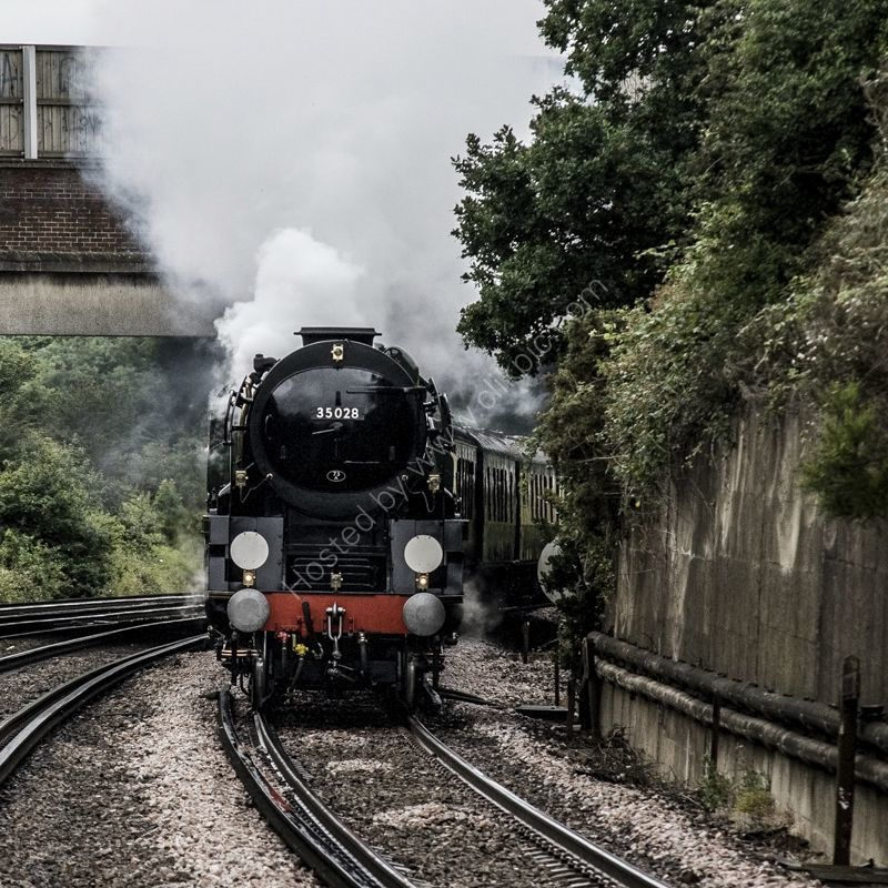 """35028 """"Clan Line """" heads the Venice Simplon Orient Express at Swanley, 30 June 2007"""