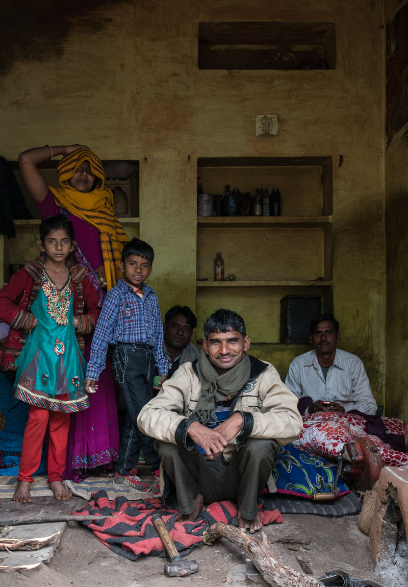 Family Group, Bhainsrorgarh, Rajasthan, January 2014