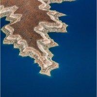 CRUISING LAKE MEAD, NEVADA by Tony Barker