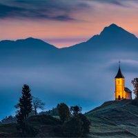 FIRST LIGHT ST PRIMUS CHURCH