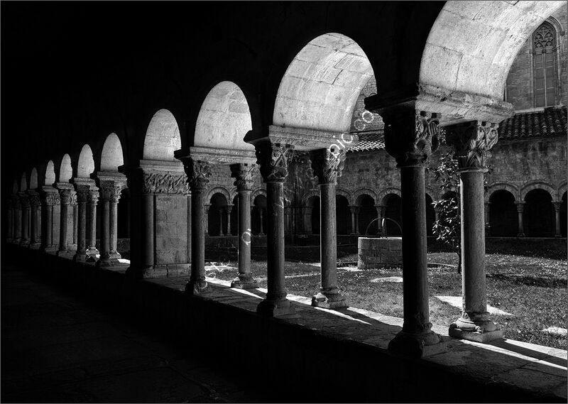 GIRONA CATHEDRAL CLOISTERS by Graham Duro