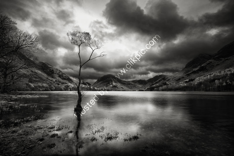 LAST LIGHT ON BUTTERMERE by Jim Connolly