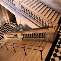 PALACE DE VERSAILLES by Anne Read