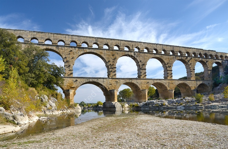 PONT DU GARD by Peter Dishart