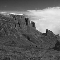 TROTTERNISH RIDGE by Malcolm Neal