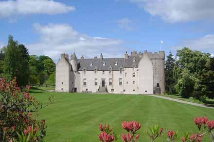 Drum Castle Facade
