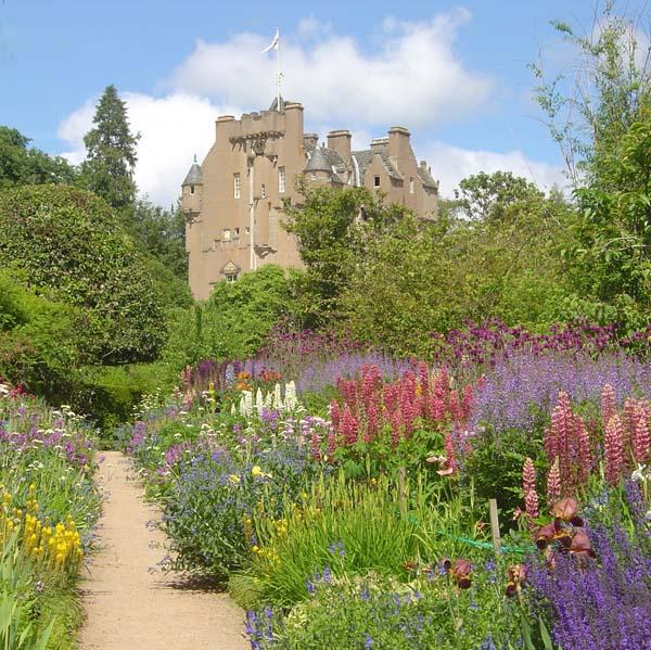 June Border, Crathes Castle