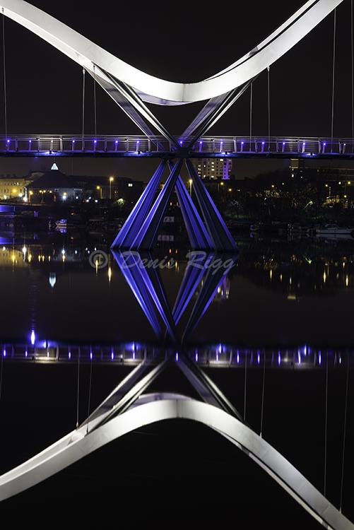 220-Infinity Bridge at night