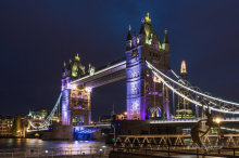 Tower Bridge at Night L04