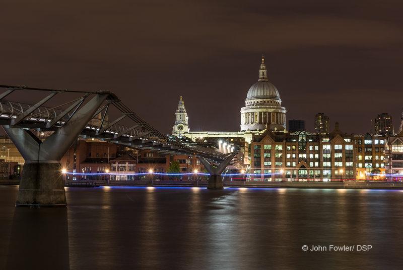 St Pauls at Night L08