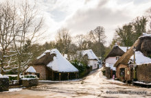 Cockington Village In The Snow T165