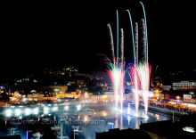 Torquay Harbour Christmas Fireworks 2011 T21