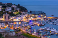 Torquay harbour At Night T162