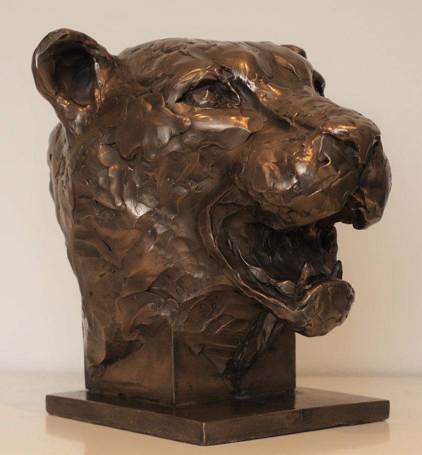 Jaguar, cold cast bronze, approx 35cm tall - £180